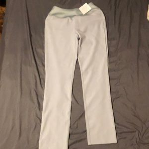 Puma Other - NWT Puma power shape pull on golf pants. 3d1bba8551